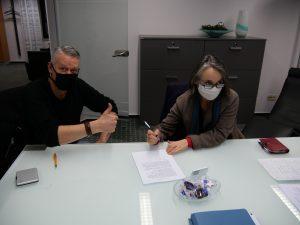 Unterzeichnung beim Notar
